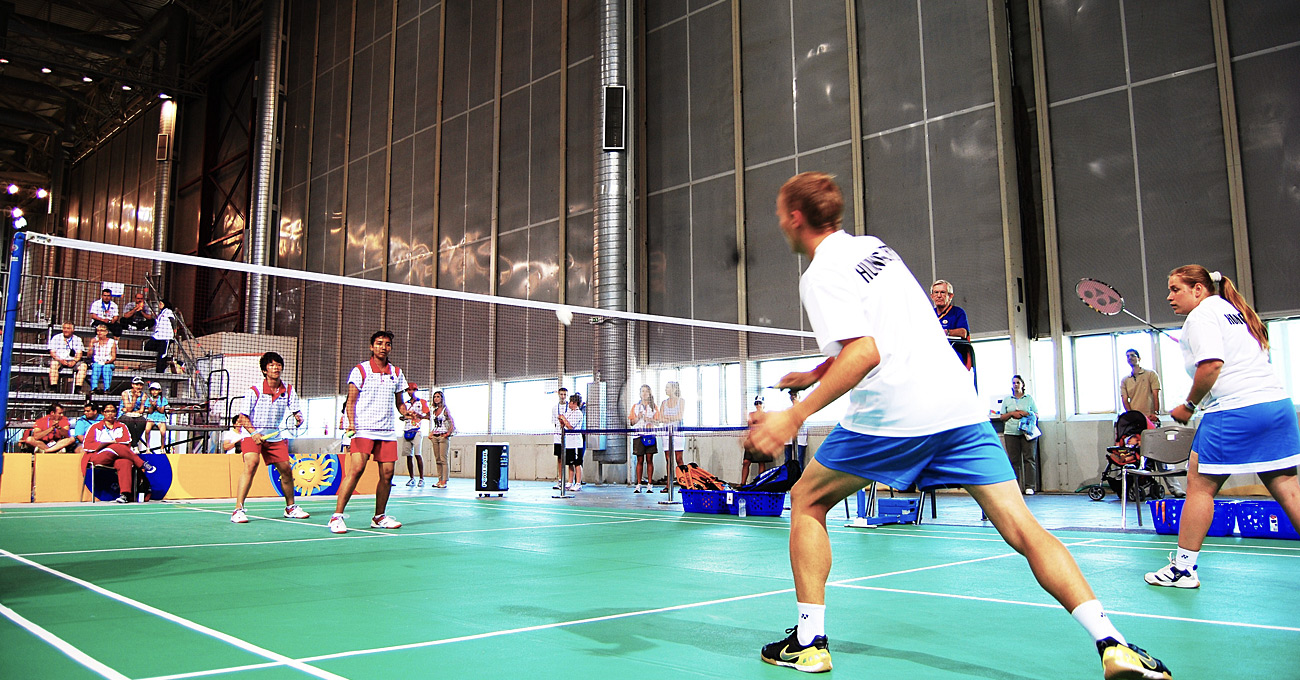 1300x680-Badminton