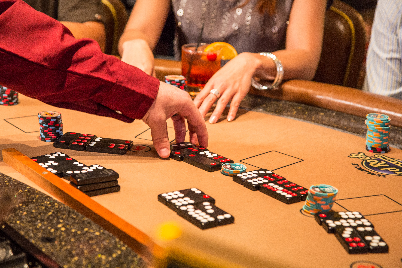 Pai gow tiles online casino las vegas casinos christmas buffets